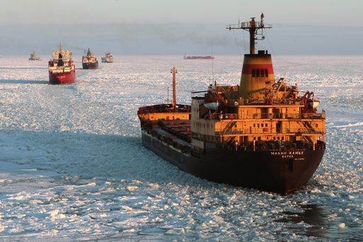 Russian Icebreaker Convoy on the NSR
